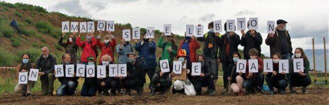 Détermination sans faille des opposant.es à l'implantation d'Amazon ou son modèle en Alsace © Le Chaudron des Alternatives
