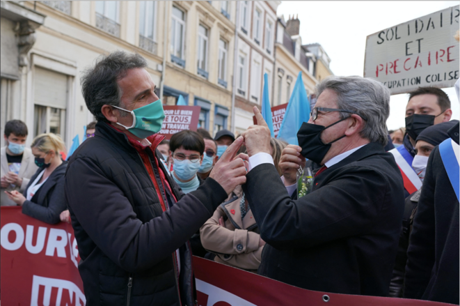 Not seeing eye-to-eye: Éric Piolle from the Green EELV party (left) with radical-left LFI party leader Jean-Luc Mélenchon in Lille, May 1st 2021. © SYLVAIN LEFEVRE/Hans Lucas/ Hans Lucas via AFP