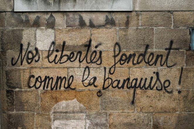 Nos libertés fondent comme la banquise © inconnu