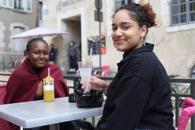 À Blois, mercredi 19 mai, pour la réouverture des terrasses. © Jordan Pouille