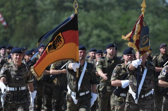 Des soldats de la brigade franco-allemande en mai 2019. © Patrick Hertzog / AFP