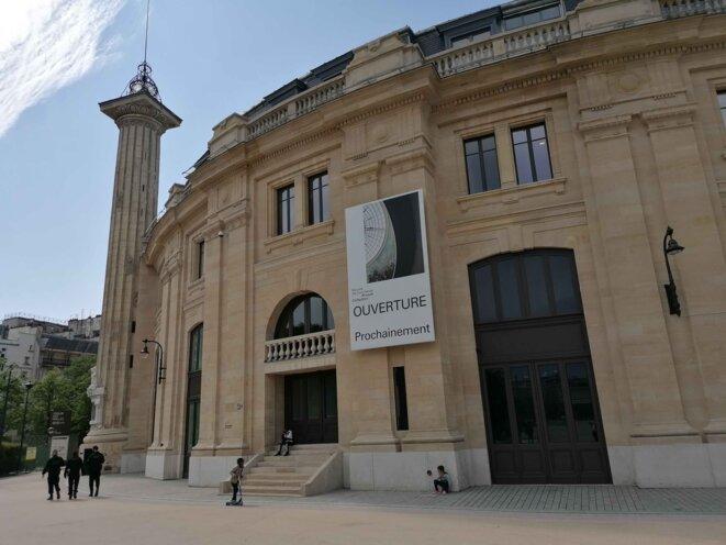 La Bourse du commerce attendant son ouverture. © EF