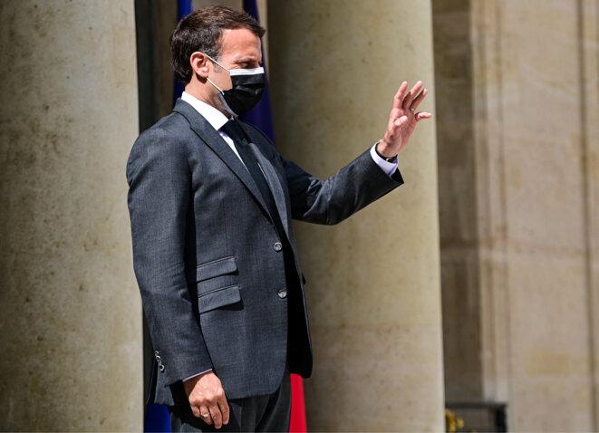 Emmanuel Macron, le 21 mai 2021 devant l'Elysée. © MARTIN BUREAU / AFP
