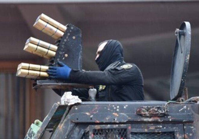 Une arme nouvelle, le Venom, utilisée depuis début mai par l'ESMAD (police anti-émeute) à Cali et Bogota.