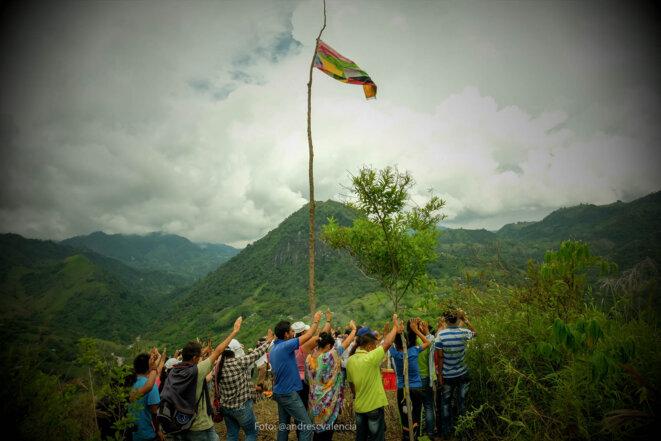 Rituel d'harmonisation, réserve indigène San Lorenzo Riosucio, Caldas, Colombie. © Andres Camilo Valencia
