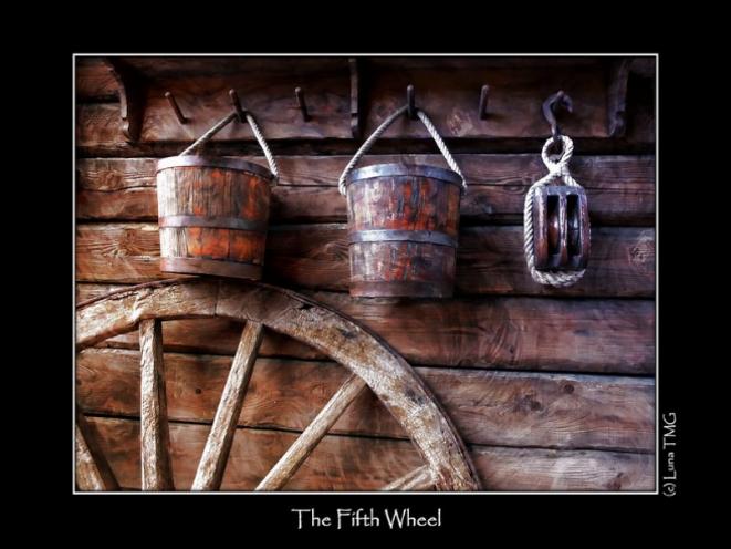 The Fifth Wheel - la Cinquième Roue du Carrosse © Luna TMG Flickr