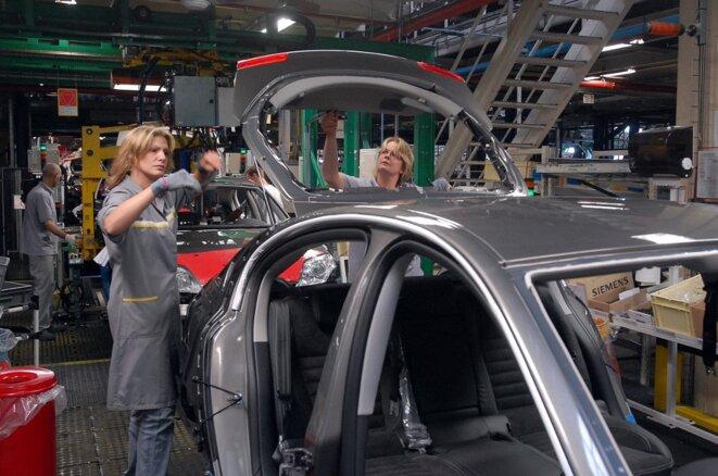 Dans l'usine Renault de Sandouville (Haute-Normandie), en 2007. © Robert François / AFP