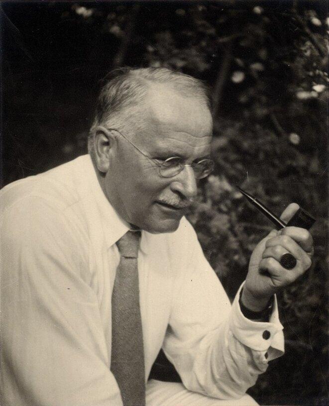 lossy-page1-800px-eth-bib-jung-carl-gustav-1875-1961-portrait-portr-14163-cropped-tif