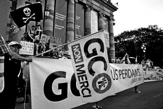 20 ans de lutte contre un projet climaticide et inutile imposé par l'Etat en 2018. Le procès du 17 juin est une ultime étape dans le combat, loin d'être terminé ! © Christophe de Barry