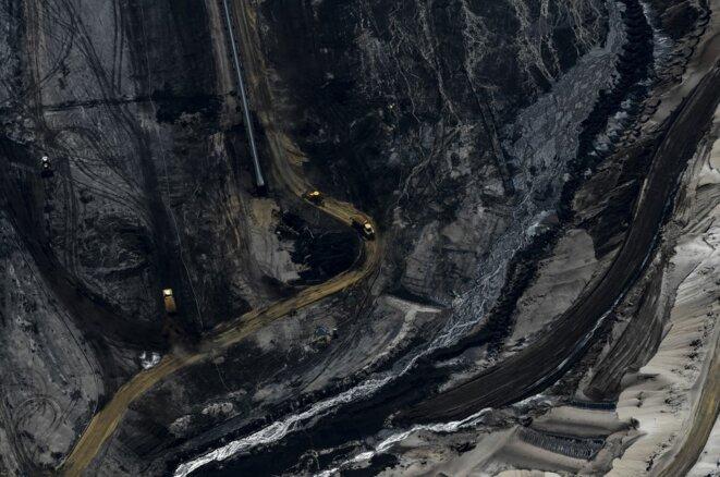 Vue aérienne de la mine de charbon à ciel ouvert de Garzweiler, en Allemagne. 8 mai 2020. © INA FASSBENDER / AFP