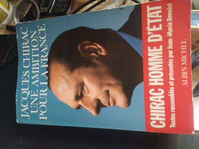 Livre de Chirac © Photo par Julien T.