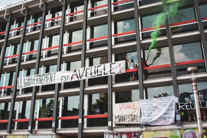 LE PARTI SOCIALISTE OCCUPÉ © Dominique Botte