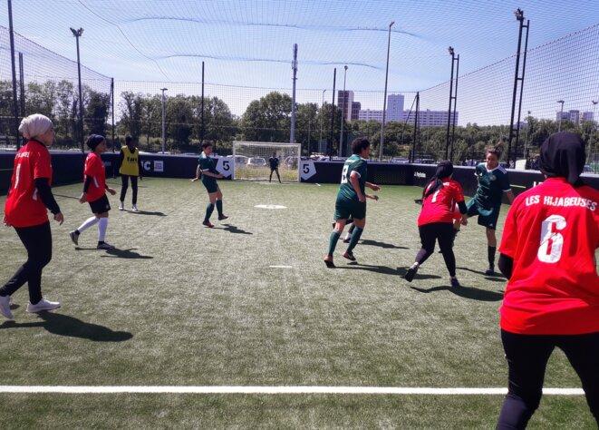 A match at the Les Hijabeuses tournament at La Courneuve, north of Paris. © MC / Mediapart