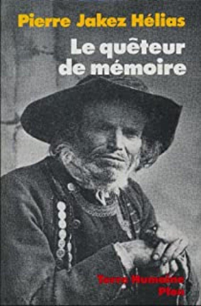 Le quêteur de mémoire. Pierre Jakez Hélias consacre un chapitre à ses activités au sein de la Ligue.