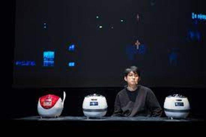 Jan Koo et ses autocuiseurs coréens © dr