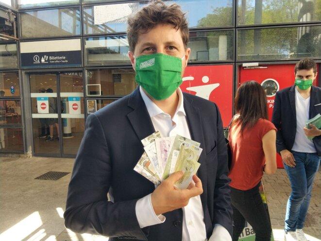 Parmi d'autres candidat·e·s, Julien Bayou, écologiste, a la Pêche ! Et vous ? © Julien Bayou, l'écologie évidemment !