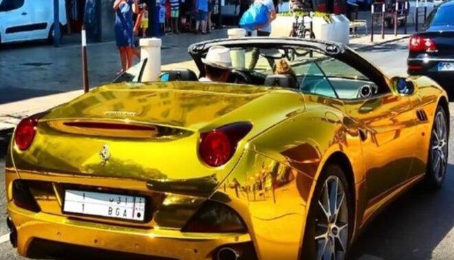 Ferrari couverte d'or du fils de Lula dans de nombreuses vidéos.