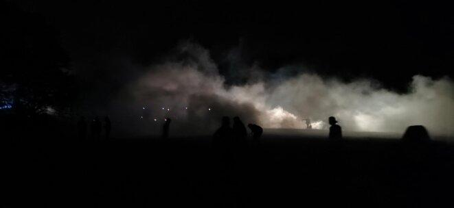 Les nuages de gaz lacrymogène, près de Redon (Ille-et-Vilaine), 19 juin 2021. © DR