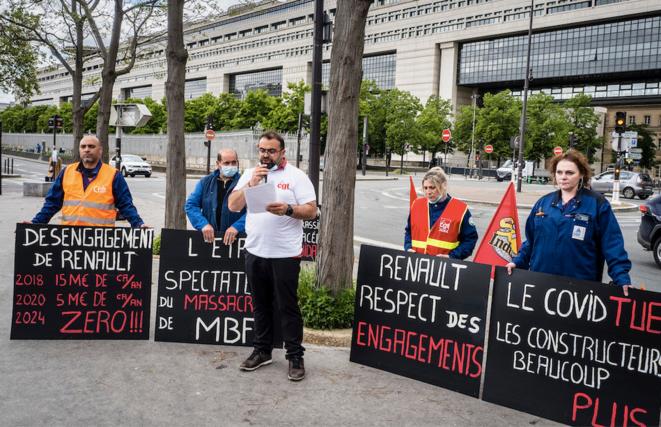 Manifestation des salariés de la fonderie MBF devant Bercy le 18 mai © Raphael Helle