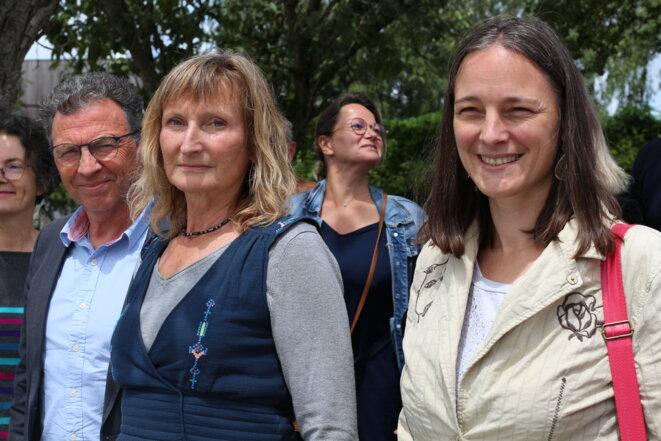 De gauche à droite au premier plan, Jean-Marie Benier et Nathalie Nowak, binôme PS-EELV pour les élections départementales des Côtes-d'Armor © MG