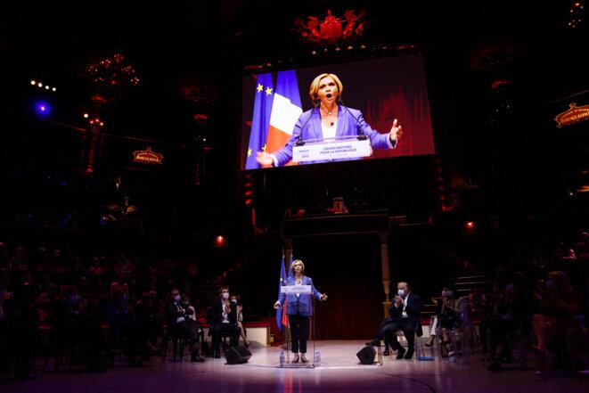 Valérie Pécresse au Cirque d'hiver pour son meeting d'entre-deux-tours, le 24 juin. © Thomas Coex / AFP