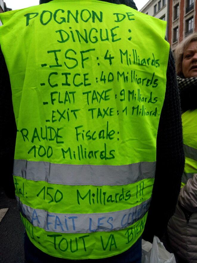 Gilet jaune à Lille © Unknown
