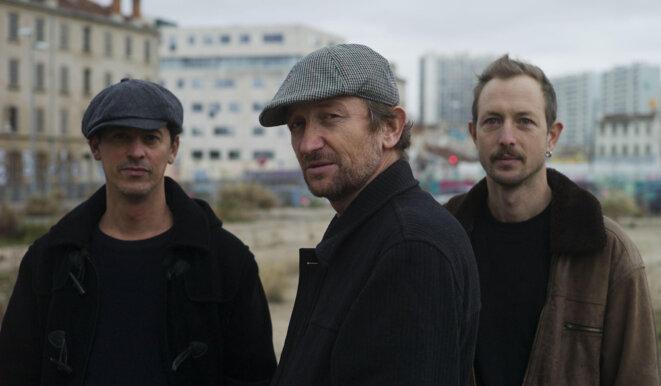 De La Crau (Manu Reymond, Sam Karpienia, Thomas Lippens)