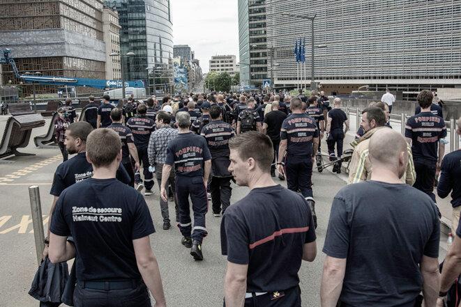 Les pompiers à la rue de la Loi © Dominique Botte