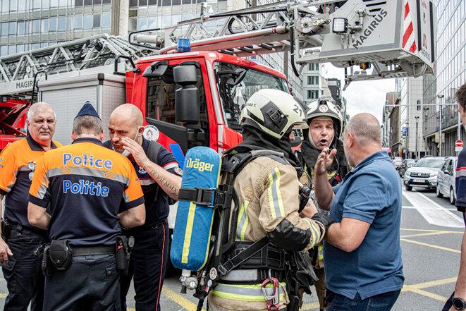 Les pompiers sont à la rue de la Loi © Dominique Botte
