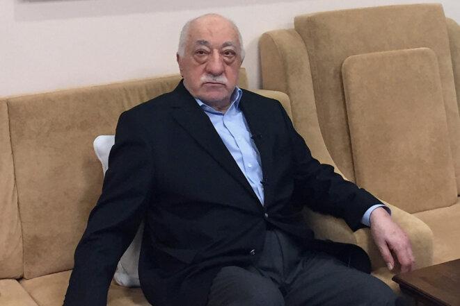 Fethullah Gülen répond aux accusations du gouvernement turc concernant son implication dans la tentative de coup d'État depuis sa résidence de Saylorsburg, en Pennsylvanie, le 18 juillet 2016. © Photo Thomas Urbain / AFP