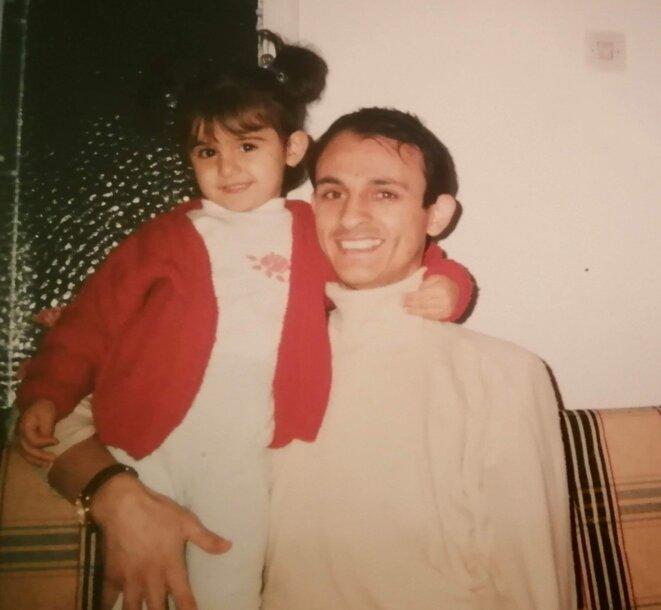 Hüseyin Galip Küçüközyigit avec sa fille Nursena à une date inconnue. © Photo archives personnelles Nursena Küçüközyiğit via Twitter