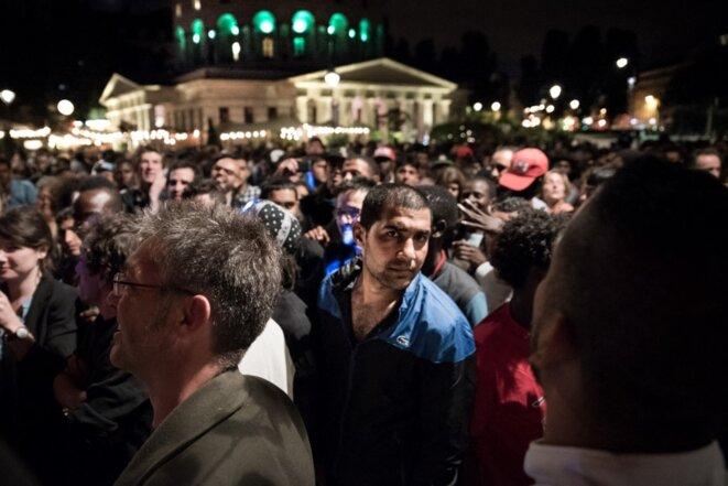 Le bal des migrants organisé par le Baam le 13 juillet 2016 à Paris. © CHLOE SHARROCK / HANS LUCAS via AFP