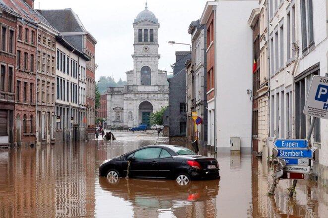Les rues de Verviers, en Belgique, ont été inondées après les fortes pluies qui ont frappé le pays, le 15 juillet 2021. © Photo François Walschaerts / AFP