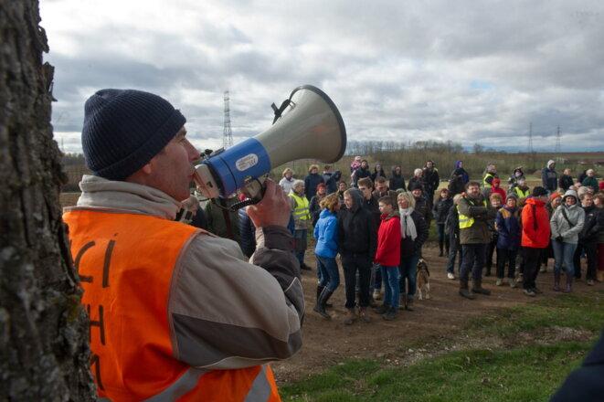 Sylvain Metz, l'un des militants anti-GCO, lors d'une mobilisation sur le terrain