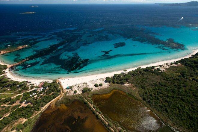 La plage de Palombaggia en Corse du sud. © Photo Jean Harixcalde / Only France via AFP