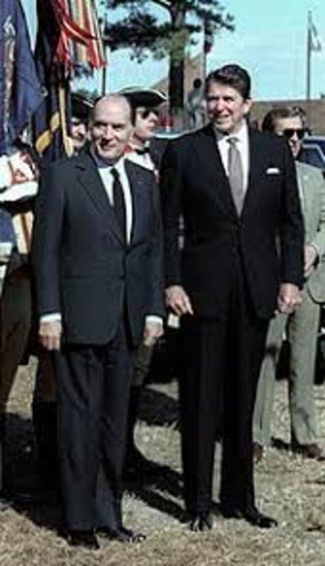 Mitterrand vient d'abattre son atout-maître devant un Reagan ébahi lors du Sommet d'Ottawa en juillet 1981