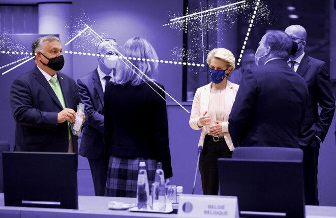 Viktor Orban et la présidente de la Commission européenne, Ursula von der Leyen lors du sommet des dirigeants de l'Union européenne à Bruxelles, le 25 juin 2021. © Photo illustration Mediapart avec Dursun Aydemir / Anadolu Agency via AFP