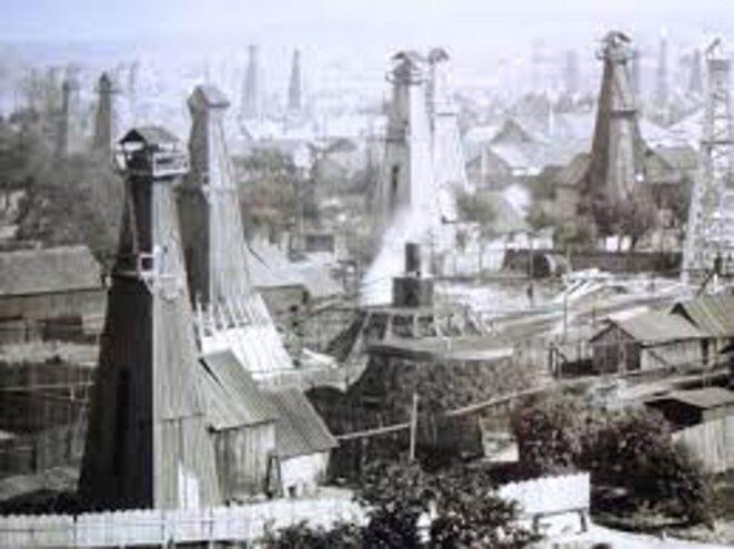 """La Galicie, la """"Californie"""" de l'empire des Habsbourg, à l'époque du boom pétrolier qui fit la fortune de la famille Segal."""