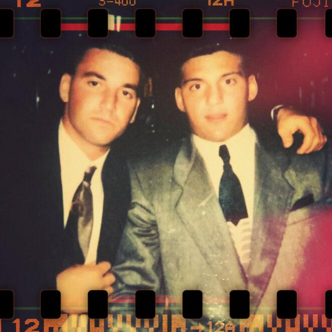 John Pennisi, à droite, à l'époque de son appartenance à la famille Lucchese. © Photo DR.