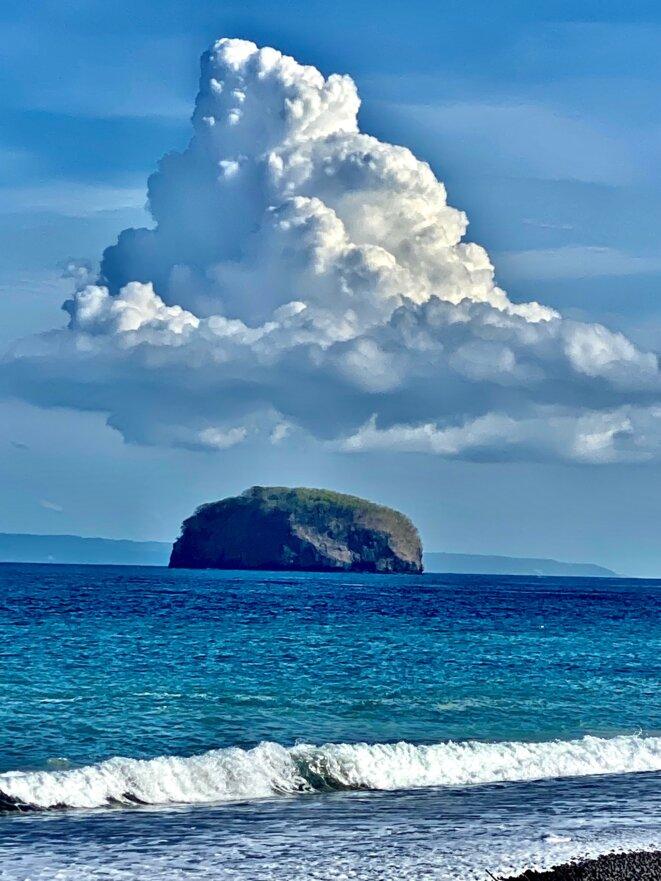 Océan indien, entre Bugbug et l'île de Nusa Penida, juin 2021 © Claude Hudelot