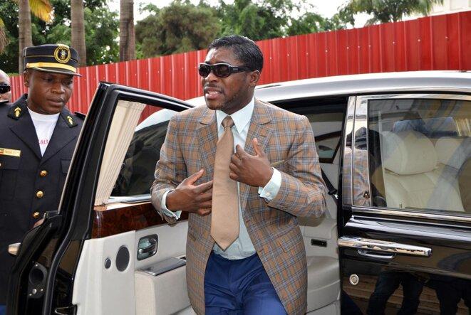 Teodorin Nguema Obiang, arrivant à la cathédrale de Malabo, en Guinée équatoriale, pour célébrer son 41e anniversaire, le 25 juin 2013. © Photo par Jérôme Leroy / AFP