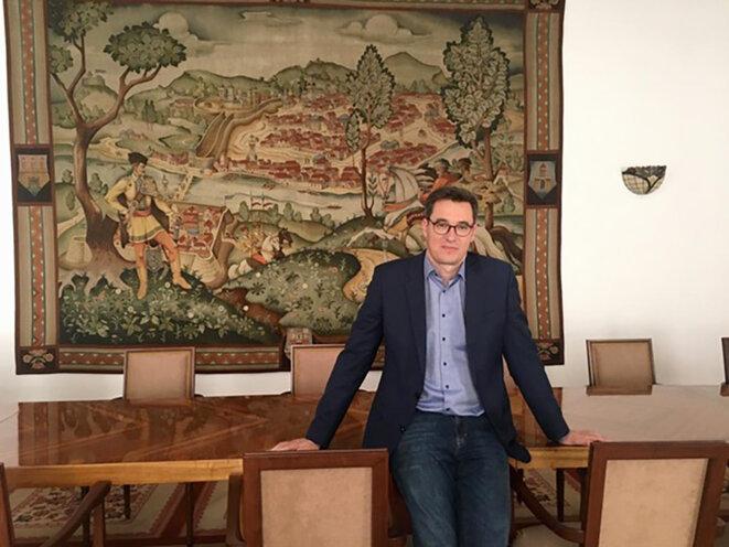 Gergely Karácsony, 46 ans, est le maire écologiste de Budapest. © Photo Prune Antoine pour Mediapart