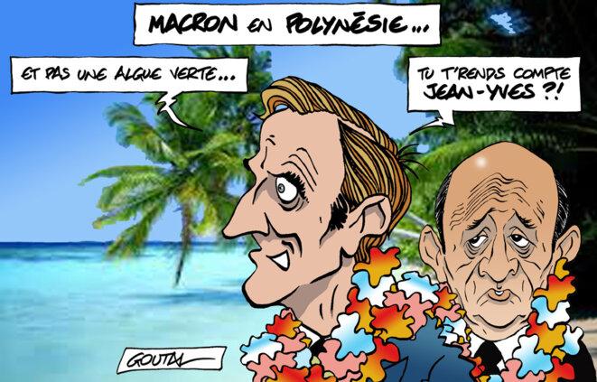 1-a-atoll-macron-le-drian-ds