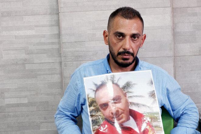 Chadi Dougham a perdu son frère pendant l'explosion du 4 août 2020. © Photo Nada Atallah Maucourant pour Mediapart
