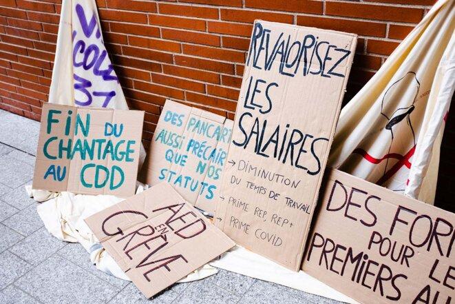 Toulouse, le 26 janvier 2021. Manifestation contre la précarité et les conditions de travail rendues difficiles par la pandemie de Covid-19. © Photo Lilian Cazabet / Hans Lucas via AFP