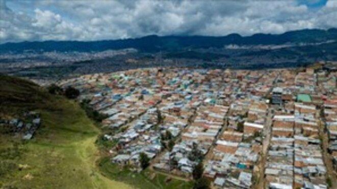 Vue générale du bidonville de Paraíso Mirador, à la périphérie de Ciudad Bolivar, Bogotá, 8 septembre 2020.