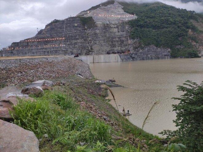 Entre autres financé par BNP-Paribas, le projet Hidroitanguo sur le fleuve Cauca : un désastre socio-environnemental