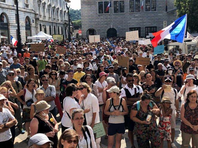 Besançon, le 21 août 2021. Manifestation contre le passe sanitaire. © Photo Mathilde Goanec / Mediapart