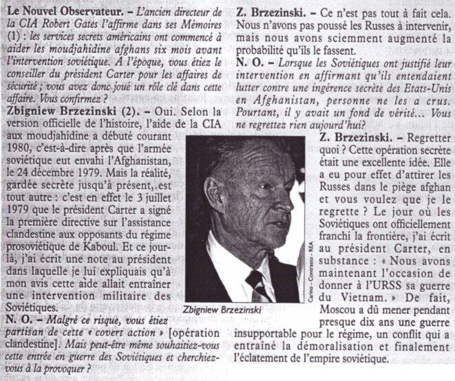 Le président américain Jimmy Carter signe la première directive sur l'assistance clandestine aux opposants du régime communiste afghan le 3 juillet 1979, soit six mois avant l'invasion de l'URSS le 24 décembre 1979. © https://twitter.com/OuidaccordOK/status/1427059259662127106