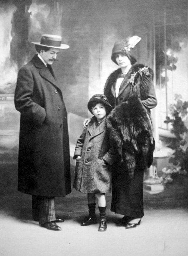 Miguel Almereyda, Émily Cléro et leur enfant, le futur cinéaste Jean Vigo (1913)